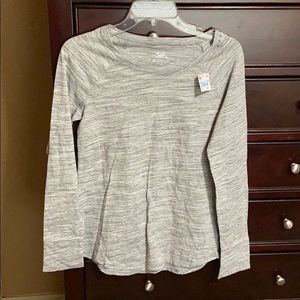 Pullover Long Sleeve Top. NWT.